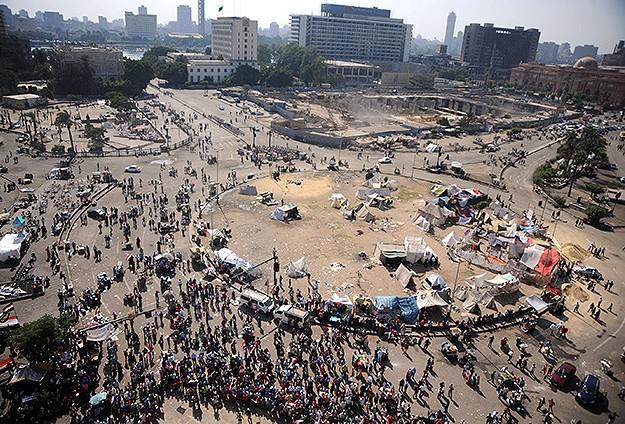 Darbe Şakşakçıları Tahrir'i Boşaltıyor