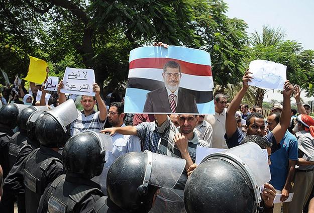 Müslüman Kardeşler Meydanları Terk Etmiyor