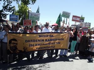 Sivasta Mısır Darbesi Protesto Edildi