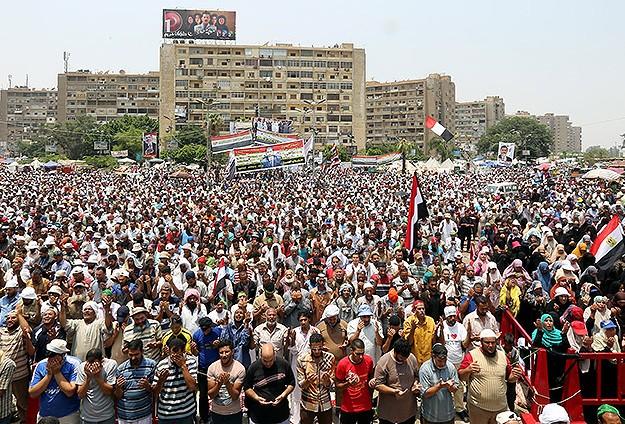 Rabiatul-Adeviye'de Milyonluk Şehit Gösterisi