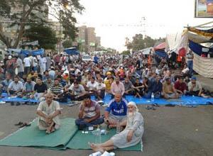 İHH Mısırda, Adeviye Meydanında (FOTO)