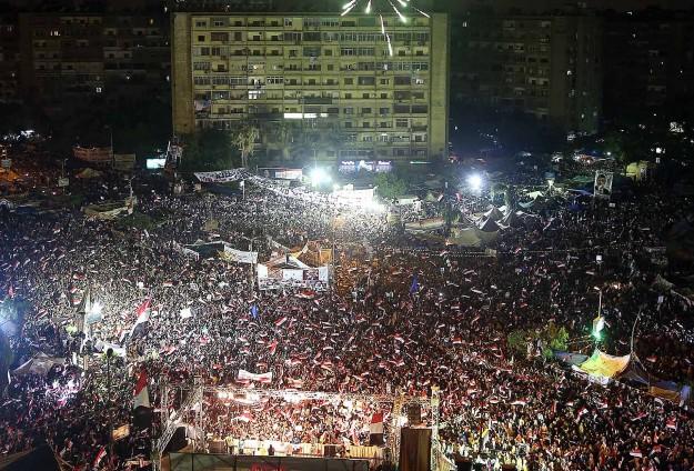 Mısırda Darbe Karşıtları Meydanları Doldurdu