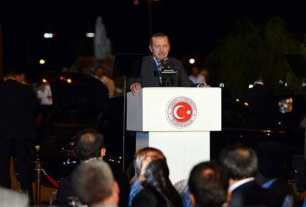 Erdoğan: Dilsiz Şeytanlar Gibi Olamayız!