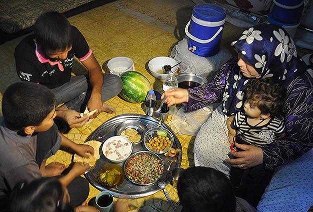 Sınırın Ötesinde Ramazan Nasıl Geçiyor?