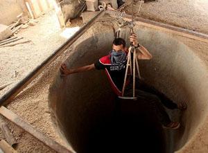 Yıkılan Tüneller Gazze Ekonomisini Vurdu