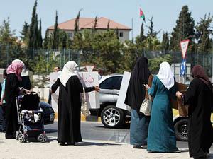 Filistinli Tutukluların Serbest Bırakılmasını İstediler