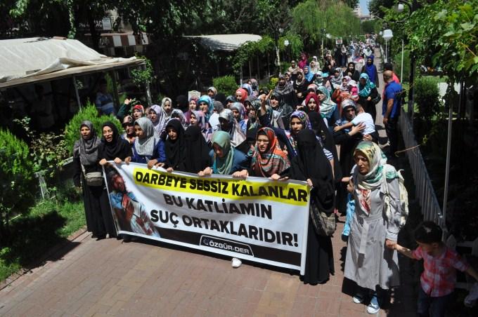 Diyarbakır'da Adeviyye Katliamı Protesto Edildi