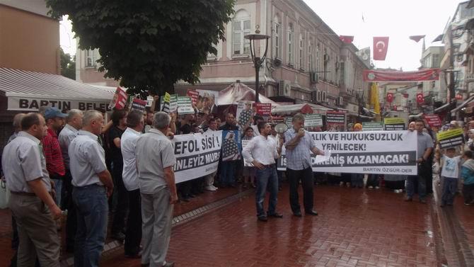 Darbecilerin Katliamları Bartında Protesto Edildi