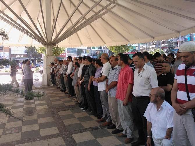 Elazığ'da Cuntanın Katliamı Protesto Edildi