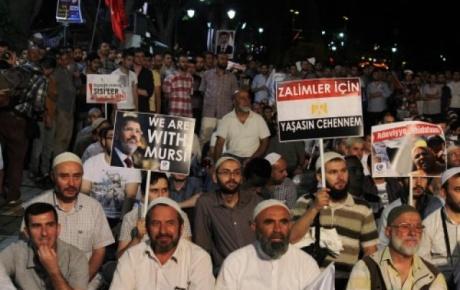Ayasofya Önünde Mısır Protestosu