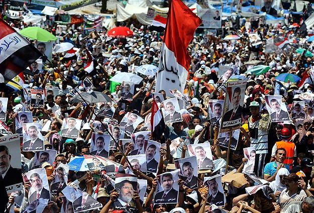 Mısırda Darbeye Karşı Milyonluk Gösteri