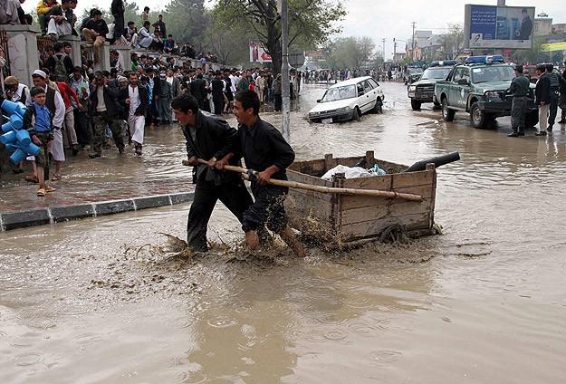 Afganistanda Sel: 50'den Fazla Ölü