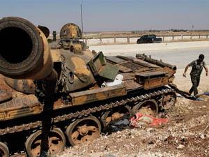 Esedin Askerleri PYDye Sığındı