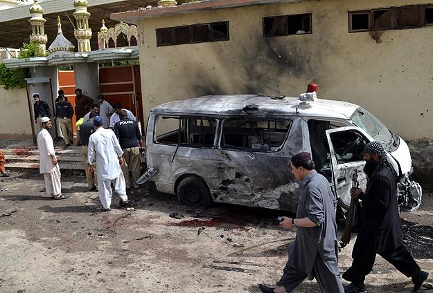 Pakistanda Polislere Bombalı Saldırı: 38 Ölü