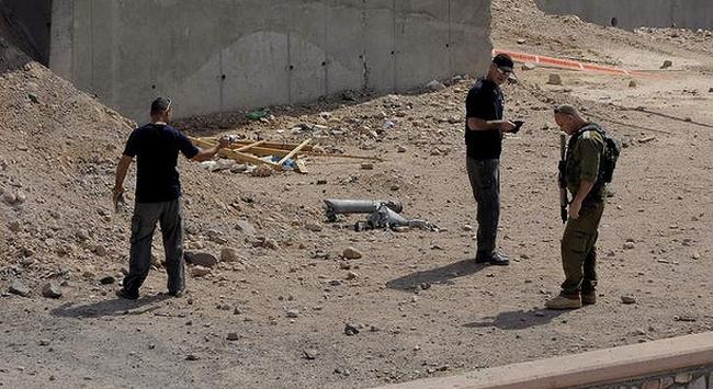 Sina'dan İsraile 3 Misillme Roketi Atıldı