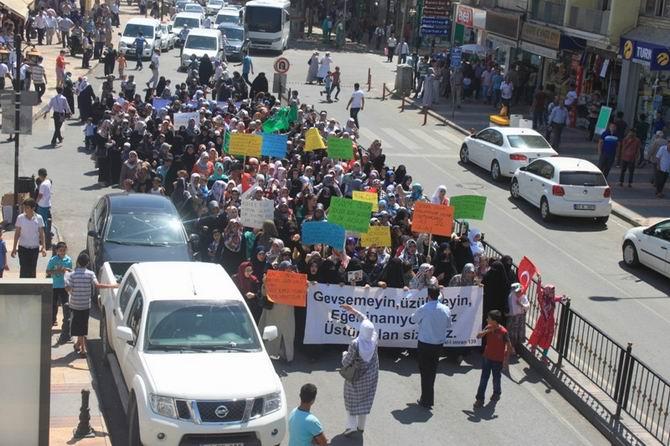 Şanlıurfa'da Mısır'daki Katliam Protesto Edildi