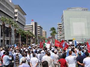 İzmirde Mısır Direnişine Destek Eylemi