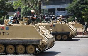 Darbeciler Mısır'ı Resmen Yağmalıyor!