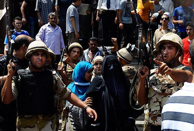Fetih Camiindeki Müslümanlara Saldırı ve Linç