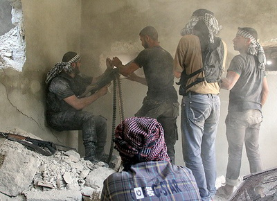 Şam'da Askerî Bir Merkez Ele Geçirildi
