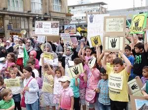 Almanya'da Mısır ve Suriye Direnişine Destek