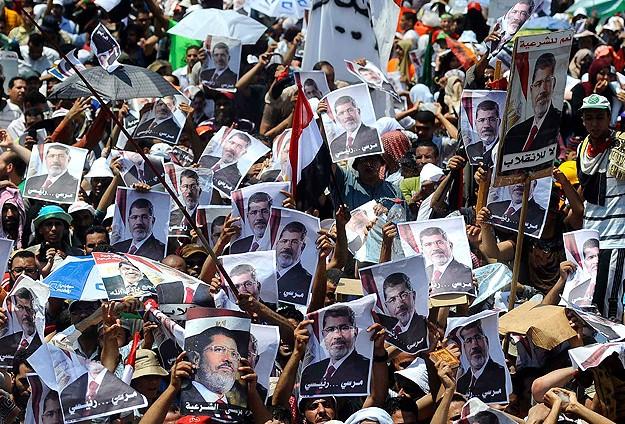 Mısırda Darbe Karşıtı Direniş Sürüyor