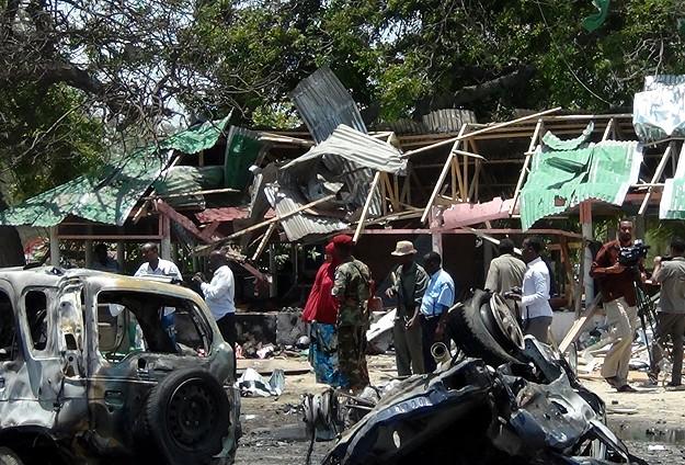Somalide Bombalı Saldırı: 20 Ölü