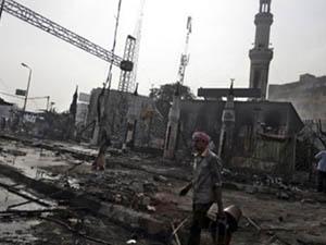 Mısırda Cunta Camileri Yok Ediyor