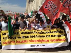 Fatih Camii'nde ABD, Rusya ve İran Protestosu