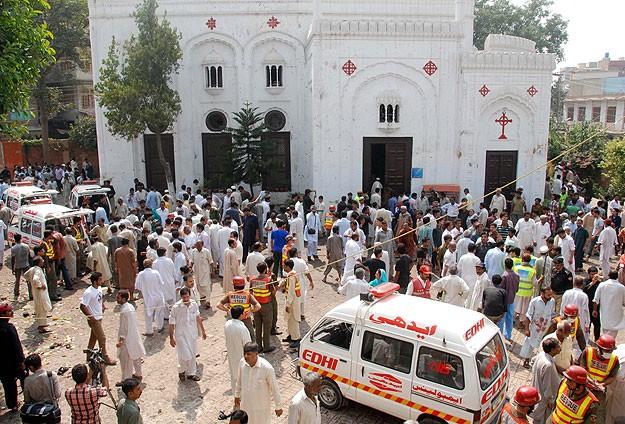Pakistanda Kiliseye Bombalı Saldırı: 78 Ölü