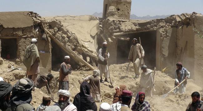 Afganistan'da 2 Eylemde 16 Polis Öldürüldü