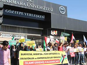 Marmara Üniversitesinde Mısır ve Suriye Eylemi