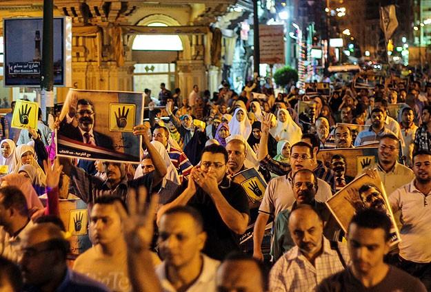 İslam Dünyasında Cuma Namazı Sonrası Gösteriler...