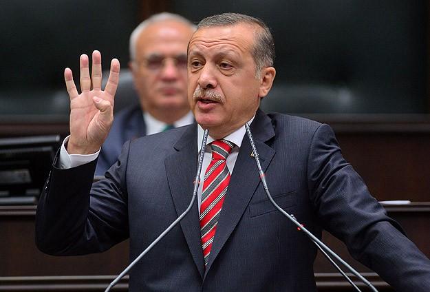 """""""Mursi'nin Yargı Karşısındaki Duruşunu Alkışlıyorum"""""""