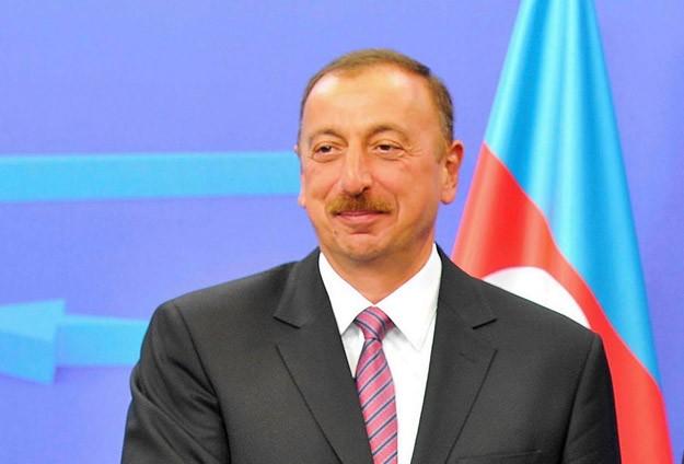 Haydar Aliyev Yeniden Cumhurbaşkanı