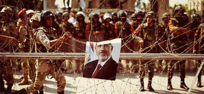 Nahda: Mursi Serbest Bırakılmalı