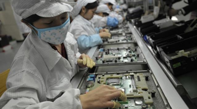 Çinli Öğrencileri 'Zorla Çalıştırılıyorlar'