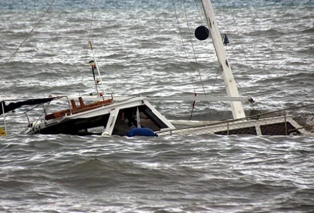 Akdeniz'de Göçmenleri Taşıyan Tekne Battı