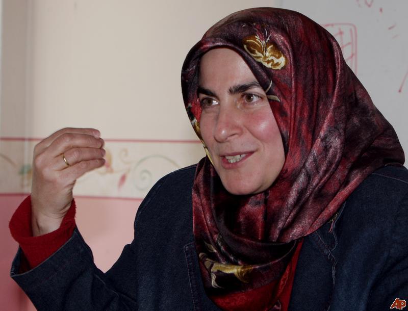 Fatma Ünsal Bostan, LGBT'de Erdoğan'ı Eleştirdi