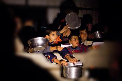 Esed Ablukası Açlığa Mahkum Ediyor