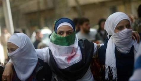 Esed 48 Kadını Daha Serbest Bıraktı