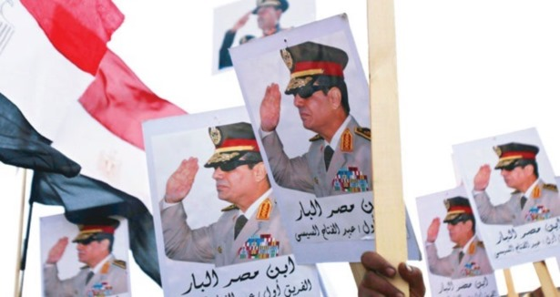 Mısır'da Sisi İle Sabbahi Yarışacak