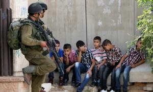 İsrail, Bir Ayda 10 Çocuğu Gözaltına Aldı