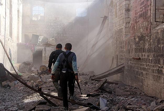 Esed Güçlerinin Saldırılarında 46 Kişi Öldü