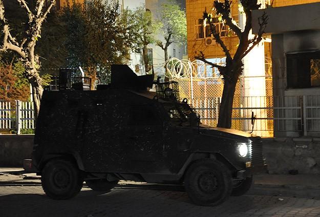 Silopi Kaymakamlığı'na El Bombalı Saldırı