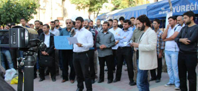 Mursi'nin Yargılanmasına Adana'dan Tepki