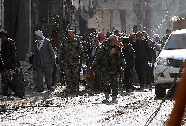 Suriye'nin Huceyra Bölgesinde Katliam Korkusu