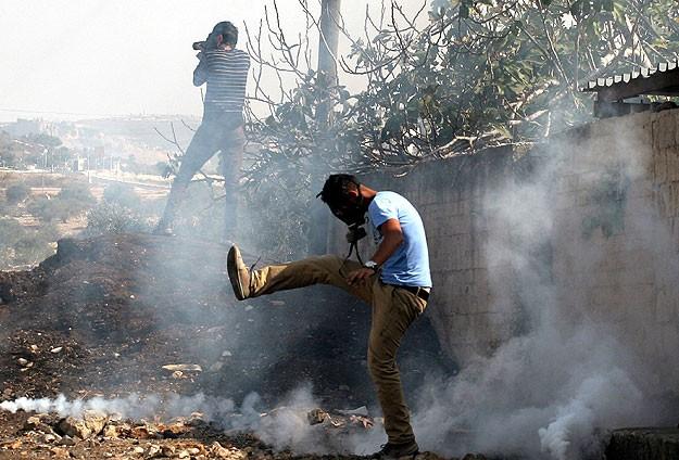Siyonistler Filistinlilere Ait Arazilere El Koydu