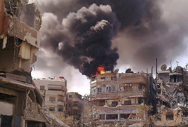Şam'ın Kara İlçesi Yoğun Bombardıman Altında
