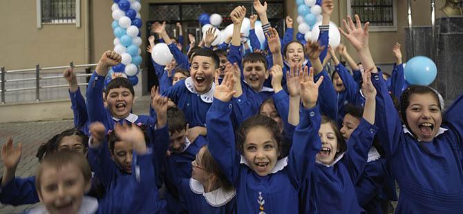 17.5 Milyon Öğrenci Bugün Karne Alıyor
